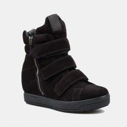 Prada dámské boty černé od 430 453fcf3414