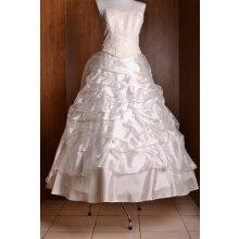 Svadobné šaty maslové 1